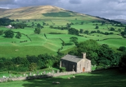 Howgill Fells – the chapel at Firbank
